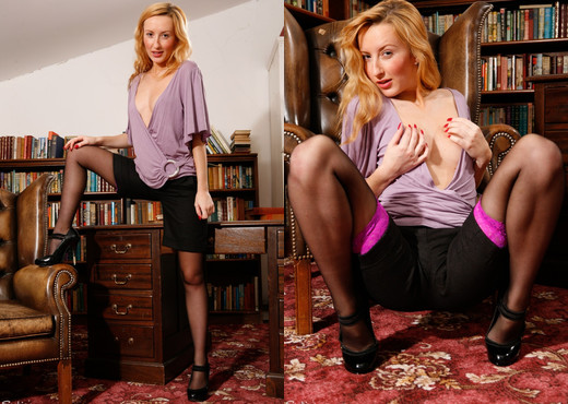 Sophia Smith - Lace Top Librarian - Sophia's Sexy Legwear - Solo Hot Gallery