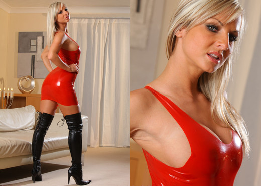 Vendula - V Rubber Dress - Strictly Glamour - Solo HD Gallery