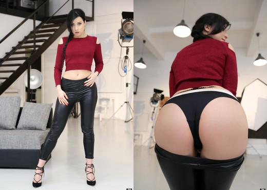 Taissia Shanti - Taissia's Tight Ass - Anal Hot Gallery