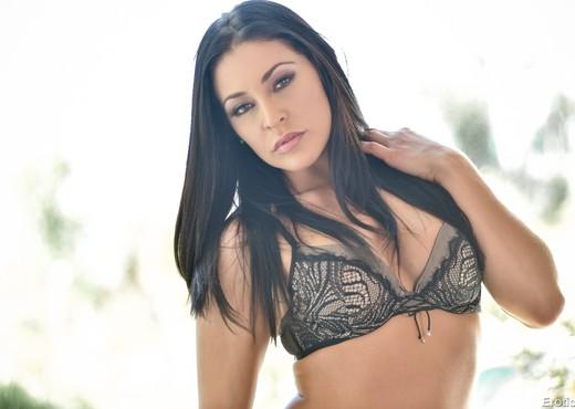 Gracie Glam - Erotica X - Solo Picture Gallery