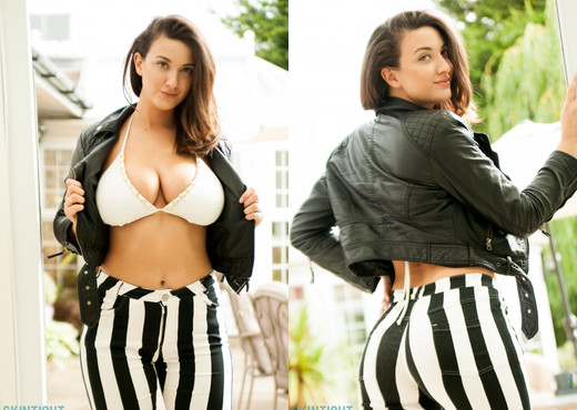 Joey Fisher - Joey Stripe Jeans - Skin Tight Glamour - Solo Sexy Photo Gallery