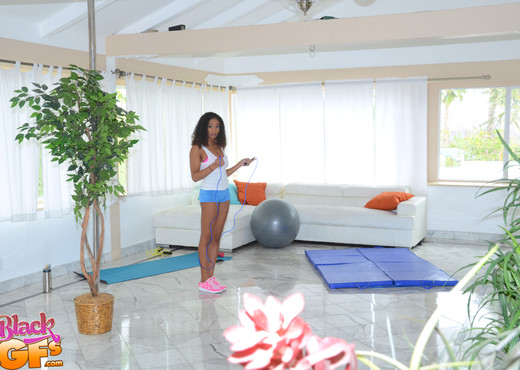 Ivy Young - Peeping My Workout - Black GFs - Ebony Sexy Photo Gallery