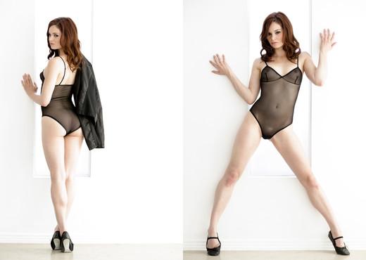 Jenna Ross - Erotica X - Solo Picture Gallery