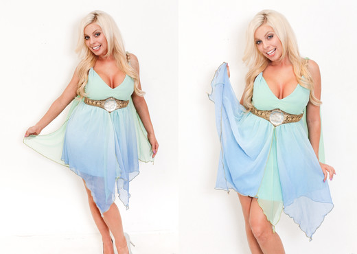 Britney Amber - Immoral Live - Pornstars TGP