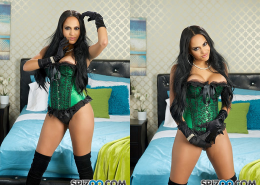 Kimberly Hot Blowjob - beautiful Kimberly Kendall - Spizoo - Blowjob Hot Gallery