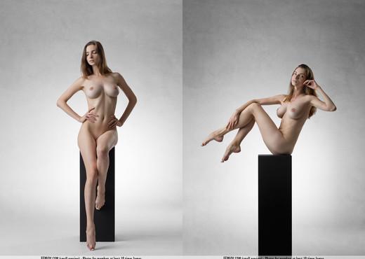 Art - Mariposa - Femjoy - Solo Sexy Gallery
