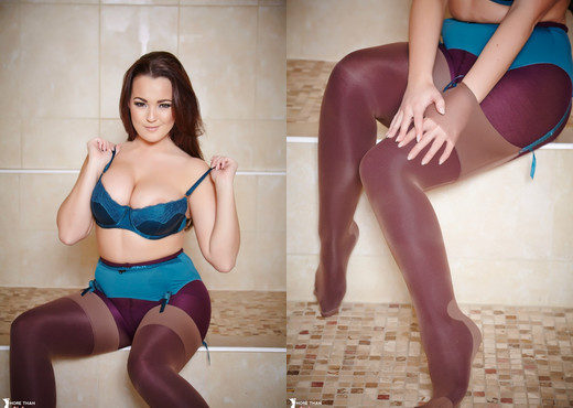 Jodie Gasson - The Honey Shot Pt - More Than Nylons - Solo Porn Gallery