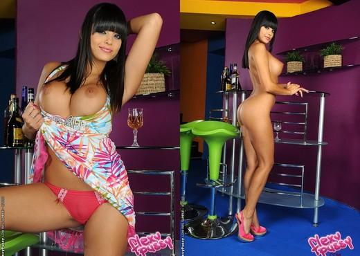 Sasha Cane - Flexy Pussy - Toys HD Gallery