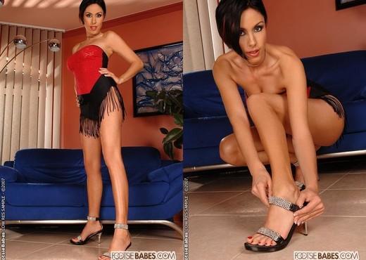 Eva Black - Footsie Babes - Feet Image Gallery