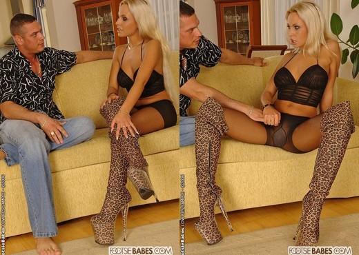Adriana Russo - Footsie Babes - Hardcore Nude Pics