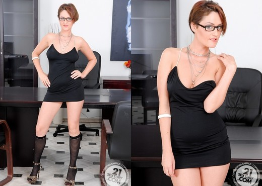 Maryel, Lindie - 21 Sextury - Toys Nude Pics