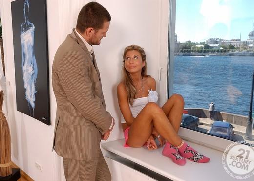 Ioana, Karen - 21 Sextury - Anal Nude Gallery