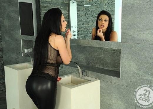 Aletta Ocean - 21 Sextury - Hardcore Nude Gallery