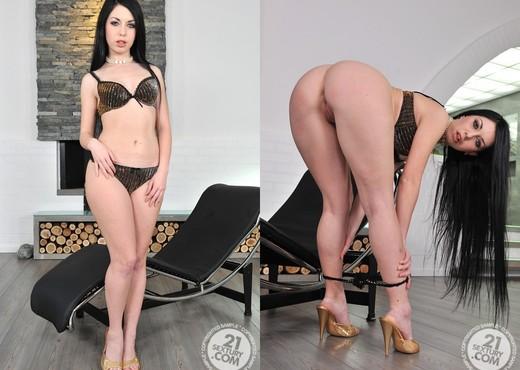 Isabella Clark - 21 Sextury - Hardcore HD Gallery
