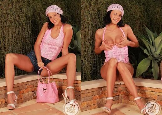 Liz Valery - 21 Sextury - Toys Nude Pics