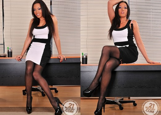Rio Lee - 21 Sextury - Feet Hot Gallery