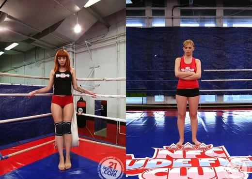 Safira White VS Mai Bailey - Lesbian Nude Gallery