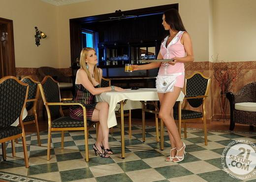 Katalin, Antonya - 21 Sextury - Lesbian Nude Pics
