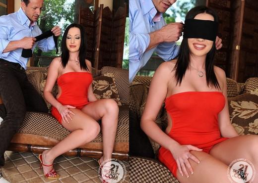 Raffaella - 21 Sextury - Anal Porn Gallery