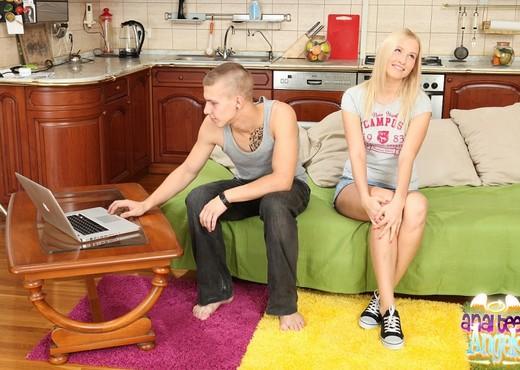 Teen Anal with Hailey - Anal TGP