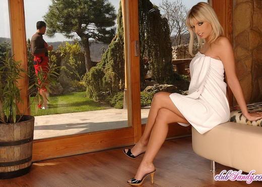 Stella Delacroix - Club Sandy - Anal Sexy Gallery