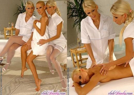 Sandy, Dorina & Clara G. Lesbian Threesome - Lesbian Image Gallery