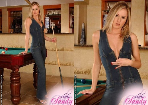 Judith - Club Sandy - Toys Nude Gallery