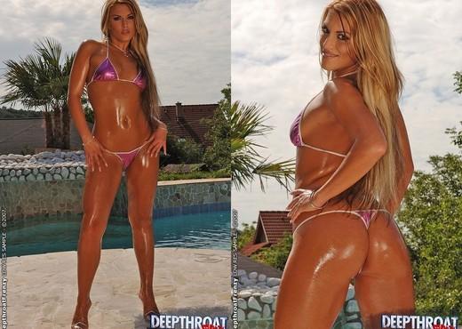 Sarah James - Deepthroat Frenzy - Blowjob Nude Pics