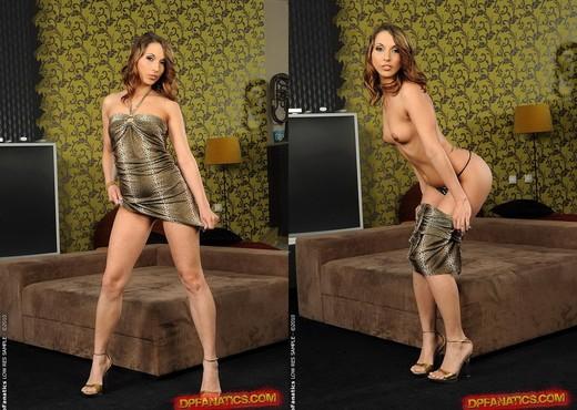Joanna Sweet Double Penetrated - Hardcore Nude Gallery