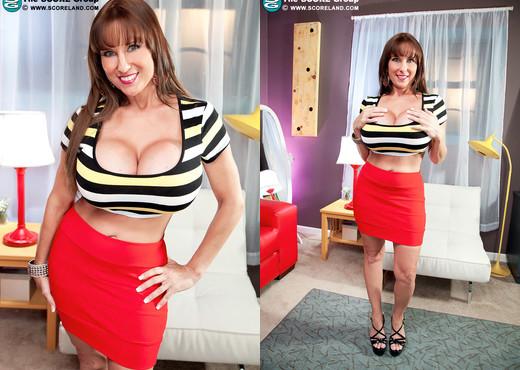 Shelby Gibson - <i></i>tight Tops For Tasty Tatas<i></i> - Boobs Porn Gallery