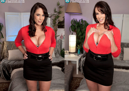 Barbie Kelley - Busty Wife Spanks It Sticky - ScoreLand - Boobs TGP