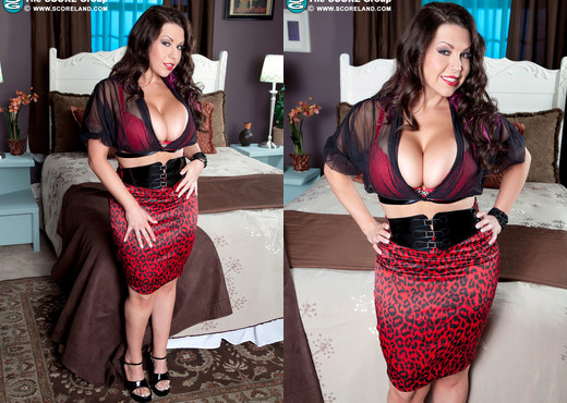 Sheridan Love - Beauty, Booty & Big Boobs - ScoreLand - Boobs Porn Gallery