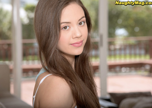 Lucy Doll - Dropout Dick Pleaser - Naughty Mag - Amateur Porn Gallery