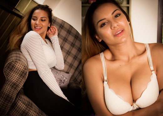 Lacey Banghard - Lb New Leggings - Solo Nude Gallery