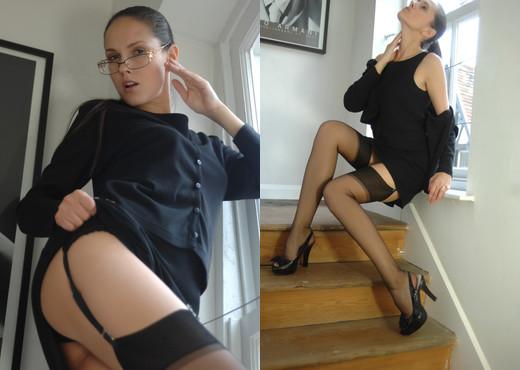 Zuzana - Boss - BreathTakers - Solo Nude Pics