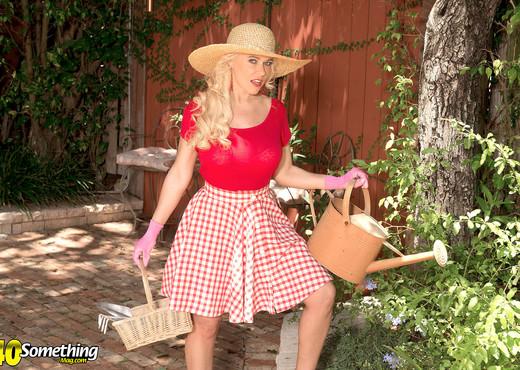 Savannah Steele - Eye Candy - 40 Something Mag - MILF Sexy Gallery