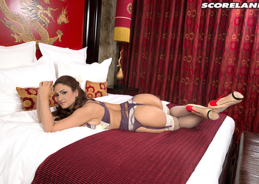 Sandra Milka - Sex-bomb From Spain - ScoreLand - Boobs HD Gallery