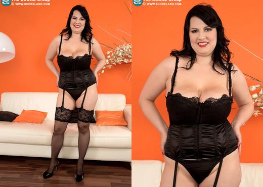 Barbara Angel - Busty Brunettes Cum First - ScoreLand - Boobs Sexy Photo Gallery