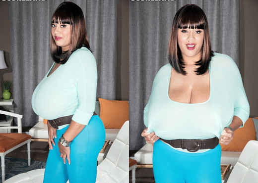 Roxi Red - A Ripping Good Time - ScoreLand - Boobs Sexy Gallery