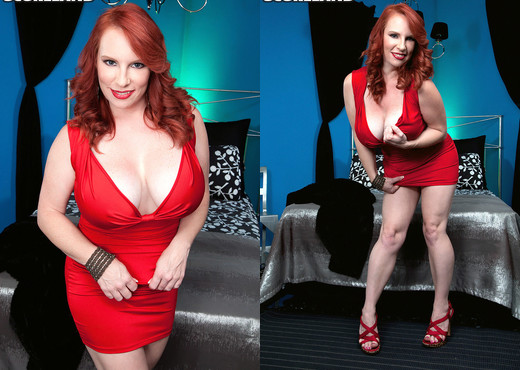 Red Vixen - Score Wilf Makes It Big - ScoreLand - Boobs Sexy Gallery