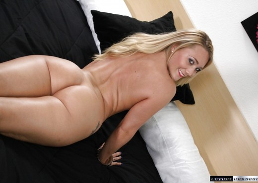 Aj Applegate Enjoys Sucking And Fucking - Lethal Hardcore - Hardcore Sexy Gallery