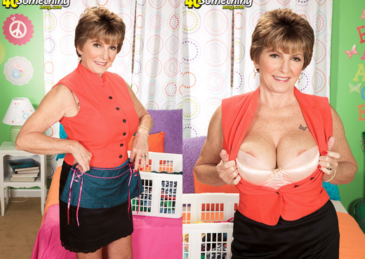Bea Cummins In Her Granddaughter's Closet - MILF Nude Pics