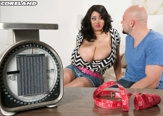 Roxi Red vs JMac - ScoreLand - Boobs HD Gallery