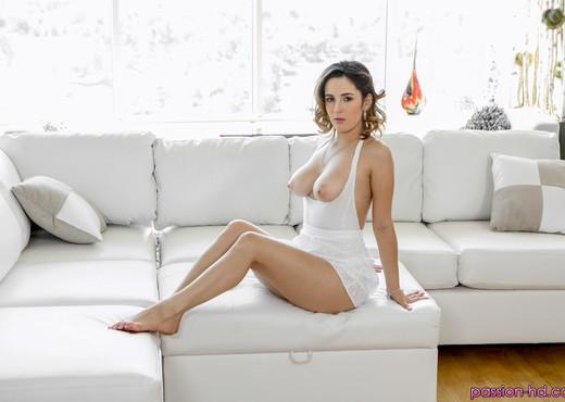 Mia Scarlett - Body Language - Passion HD - Hardcore Porn Gallery