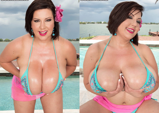 Paige Turner - Do Natural Boobs Float? - ScoreLand - Boobs Hot Gallery