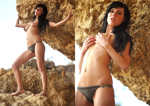 Eileen - Rock - BreathTakers - Solo Image Gallery