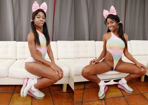 Mya Mays - Black Mya's Dirty White Boy Hook-Up - Ebony Sexy Gallery