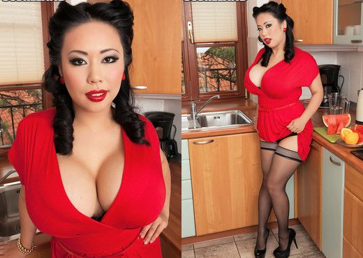 Tigerr Benson - Kitchen Kitten - ScoreLand - Boobs Nude Gallery
