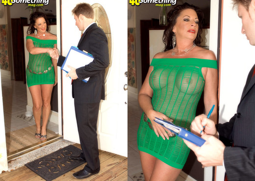 Margo Sullivan - Fucking Her Way Out Of Foreclosure - MILF Nude Pics