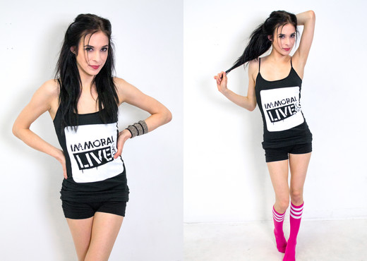 Aiden Ashley - Immoral Live - Pornstars Sexy Photo Gallery